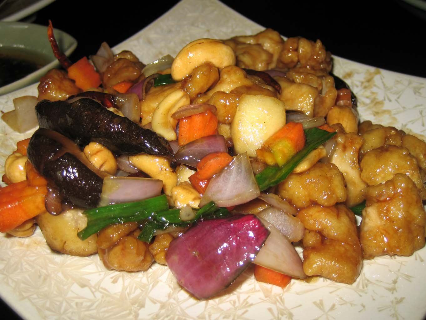 Stir fry chicken with cashewnuts
