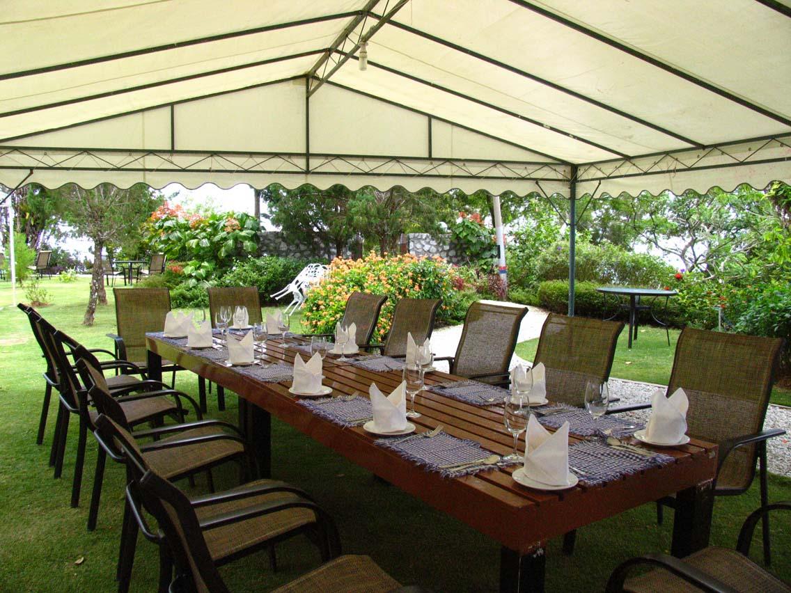David Brown's table setting