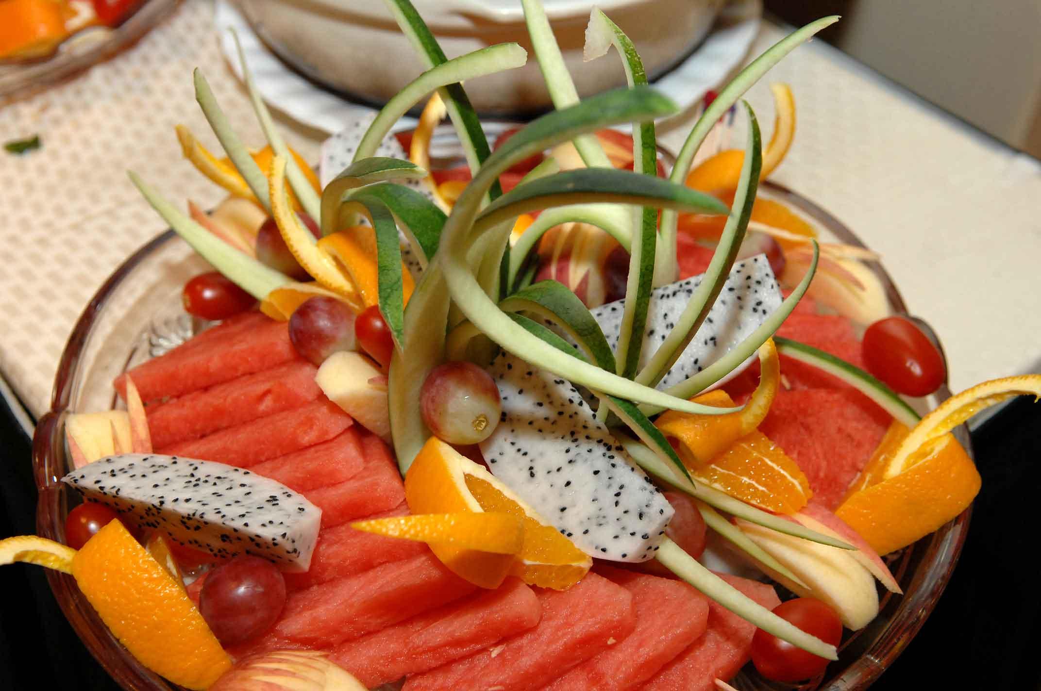 E-spring fruit platter