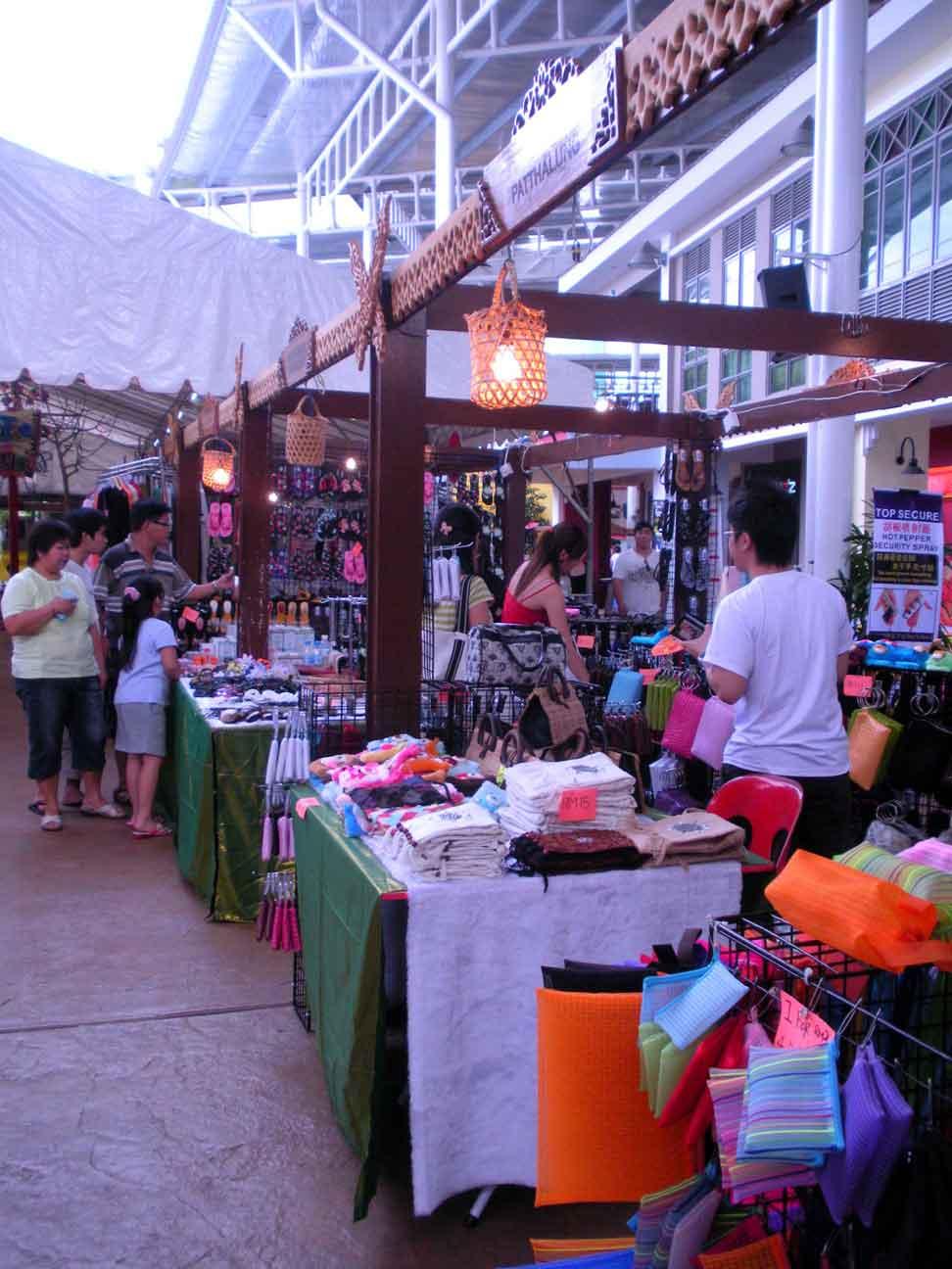 Thai fair - knick knacks